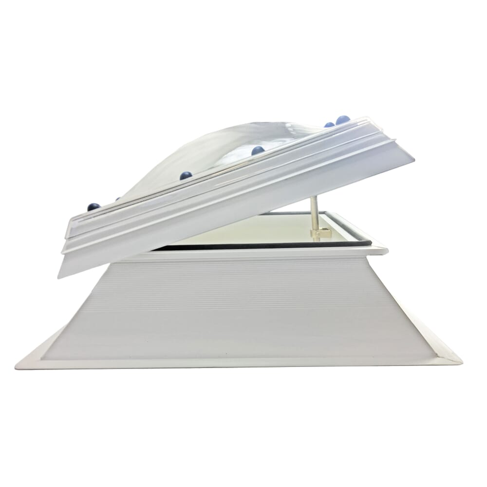 MANUAL OPENING POLYCARBONATE ROOFLIGHT DOME AND KERB